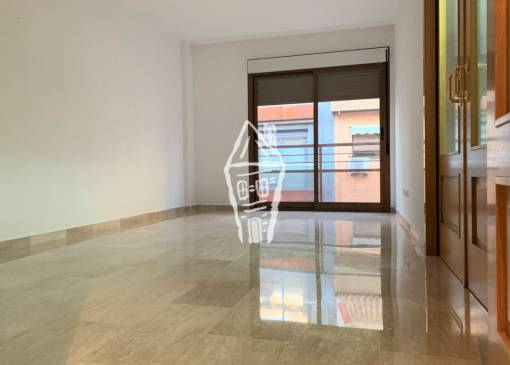 Apartment - Sale - Alicante - Centro